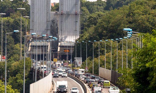 Fermé dans le sens nord-sud jusqu'à 22 heures: accident sous le tunnel de Fourvière
