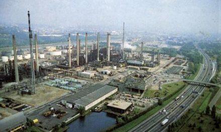 Depuis 4 h 30 ce matin, la raffinerie de Feyzin bloquée par les routiers