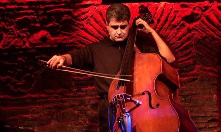 Le contrebassiste Renaud Garcia-Fons ouvre la saison Jazz, à Vienne