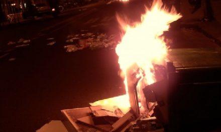 Un caillasseur interpellé: feux de poubelles en série et jets de projectiles contre les forces de l'ordre à Vienne
