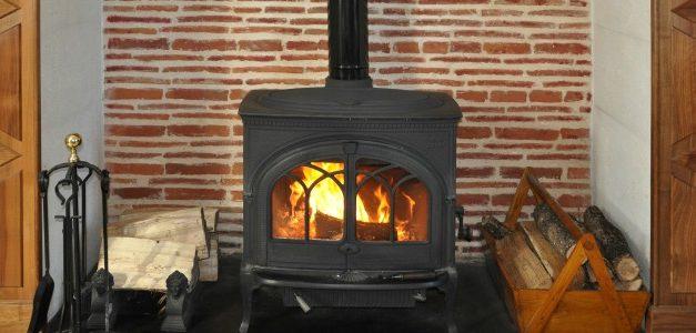 Prime de 500 à 1 000 euros: si vous voulez vous offrir un poêle à bois tout neuf et aux normes, c'est le moment !