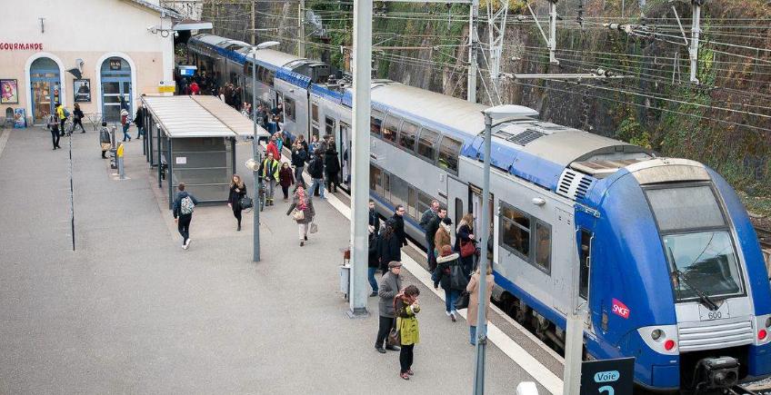 Retards, trains annulés en gare de Vienne: des espoirs d'amélioration avec la nouvelle convention TER
