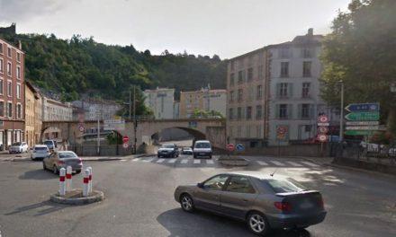 Un piéton renversé par une voiture place Saint-Louis à Vienne: grièvement blessé