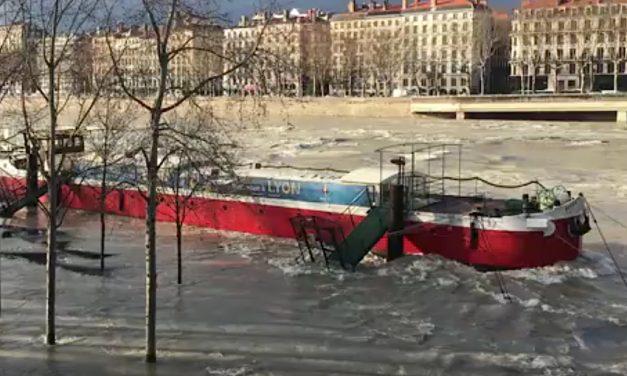 Inondations: le Rhône déborde