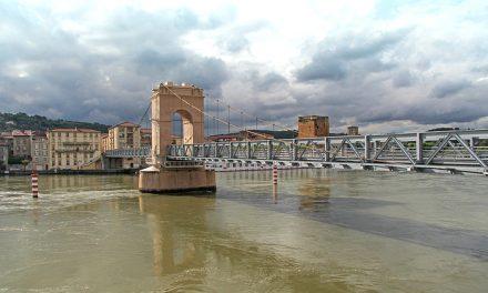 Le débit du Rhône pourrait baisser de moitié d'ici un siècle!