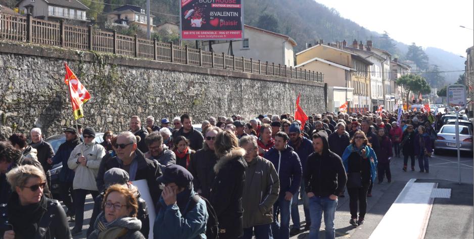 Journée de grève nationale: un millier de manifestants dans les rues de Vienne