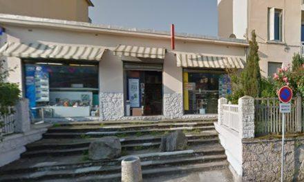 Dans le quartier d'Estressin à Vienne: la commerçante gaze son braqueur qui perd son arme!