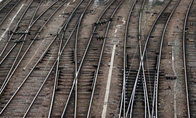 Grève à la SNCF: le coup de gueule de la principale association d'usagers