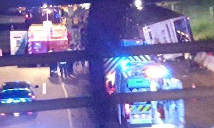 Trois morts et onze blessés graves sur l'A7: un pneu éclaté à l'origine du drame?