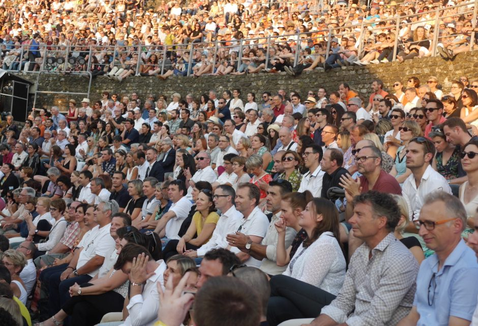 Elle a envoûté près de 7 500 festivaliers: Melody Gardot, l'émotion à fleur de peau