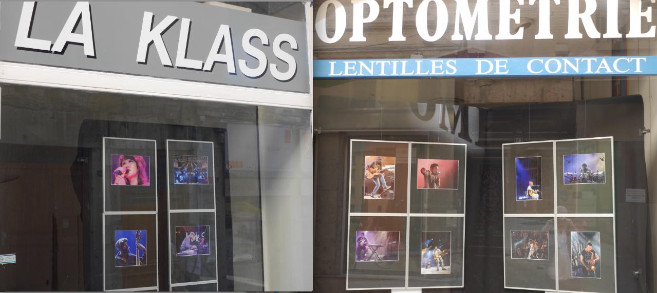 Initiative originale: des vitrines qui servent de cimaises Jazz, rue Marchande à Vienne