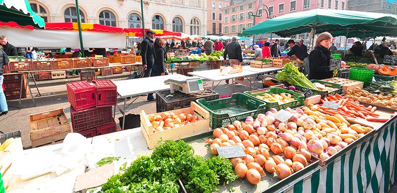14 juillet: il y aura bien un marché samedi matin, mais les cérémonies sont décalées