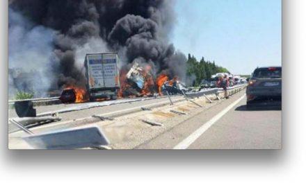 Terrible accident sur l'A 7 près d'Avignon: quatre personnes périssent carbonisées