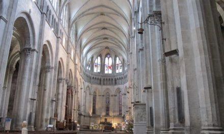 Evacuation de la cathédrale Saint-Maurice à Vienne: une fausse alerte