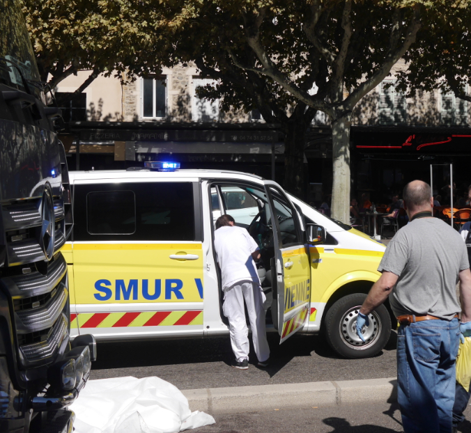 Une femme renversée par un poids-lourd: accident mortel cet après-midi, cours Brillier à Vienne