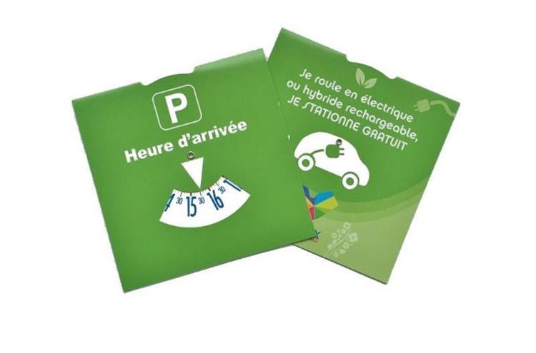 Disque vert : si vous voulez bénéficier de 2 heures de stationnement gratuit à Vienne, optez pour les voitures écolos…
