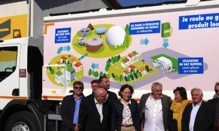Le 1er véhicule, une benne à ordures, roulant au gaz est arrivé dans l'agglomération: 4 autres vont suivre…