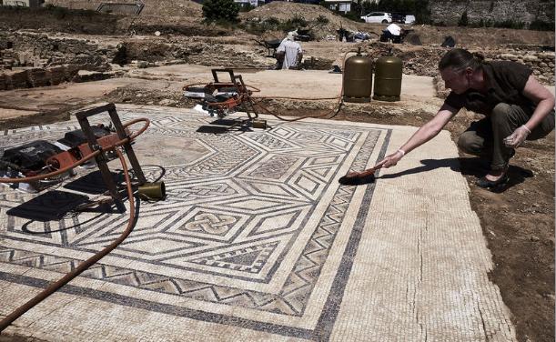 Entrée libre: une conférence sur les mosaïques découvertes sur le site de la «Petite Pompéi» à Sainte-Colombe
