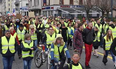 Les «gilets jaunes» vont bloquer le centre des impôts de Vienne demain jeudi, et visent samedi le péage de l'A7