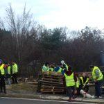 Auvergne-Rhône-Alpes: se rendant au commissariat pour une amende,  le «gilet jaune» est mis en détention…