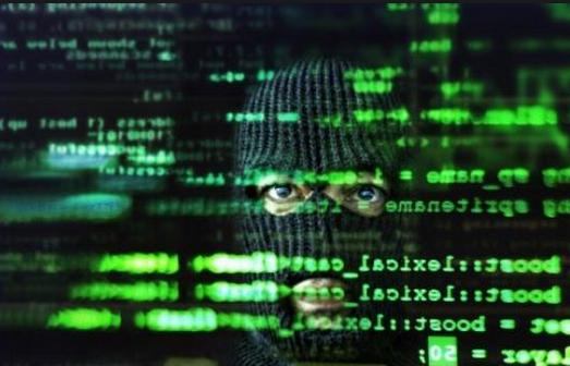 Interpellés, cyber-arnaque montée par trois chefs d'entreprise lyonnais: 8 000 internautes escroqués!
