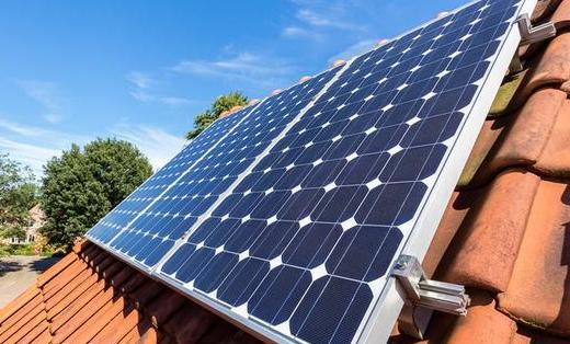 780 m² de panneaux photovoltaïques à Vienne sur quinze toits d'immeubles municipaux