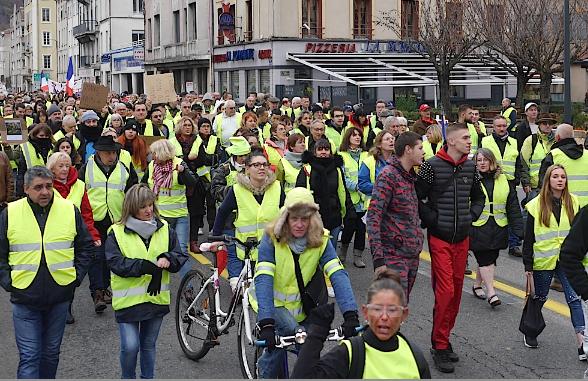 Revoilà les Gilets Jaunes à Vienne: une manifestation programmée dimanche et peut-être d'autres, ensuite…