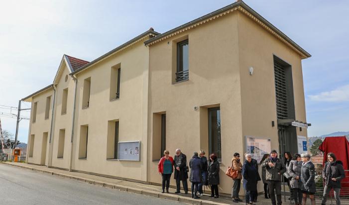 Inauguration: l'ancien siège de l'ex-Communauté de communes de Condrieu transformé en «Maison des Services Publics»