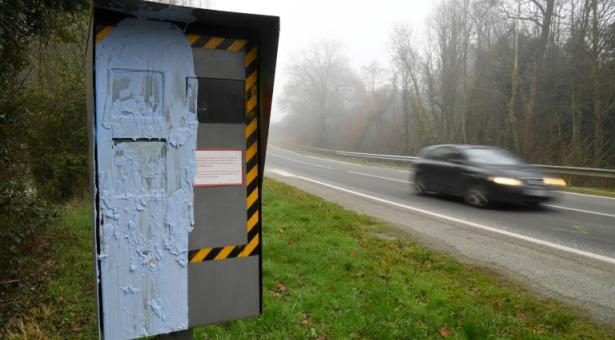 Radars :  Lionel Beffre, le préfet de l'Isère voit rouge et annonce une accentuation des contrôles routiers