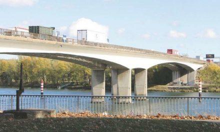 Il est fermé dans un sens ce lundi soir : les travaux du pont de Givors entrent dans une nouvelle phase