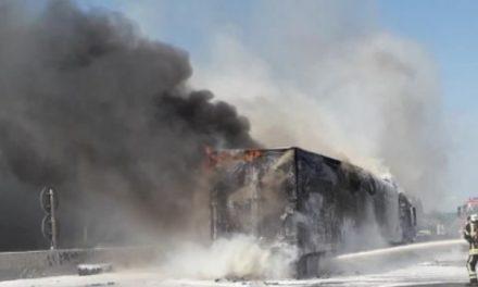 Véhicules en feu ce matin sur l'A46 à hauteur de Communay : un mort et deux blessés en urgence absolue