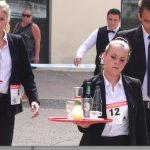 Renaissance de la course des garçons de café à Vienne : près d'une centaine de participant(e)s