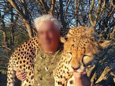 Bad Buzz suite à des safaris pour l'ancien directeur d'une entreprise nord-iséroise de cars