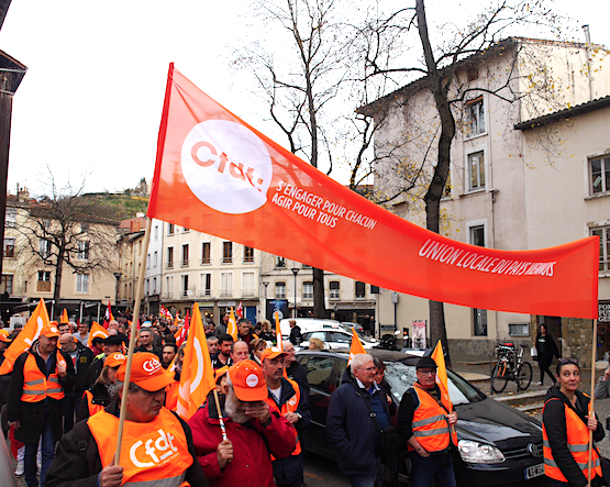 A Vienne, la CFDT, l'UNSA et la CGC, au côté de la CGT et de FO : première manif unitaire depuis le début du conflit