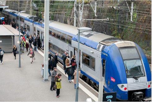Grève à la SNCF : 1 TER sur 2, demain lundi en Auvergne-Rhône-Alpes, trafic TGV quasi-normal