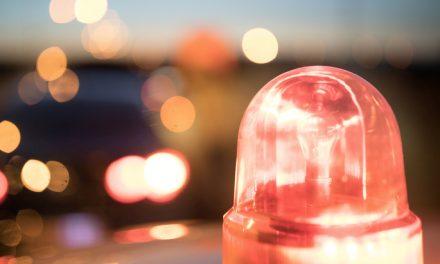 Un véhicule utilitaire effectue des tonneaux sur l'A7 près d'Albon : un mort