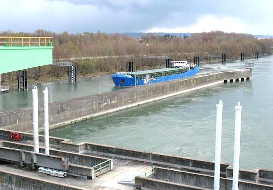 Conséquence de l'incident à l'écluse de Sablons : la navigation suspendue sur le Rhône au moins jusqu'au 19 mars…
