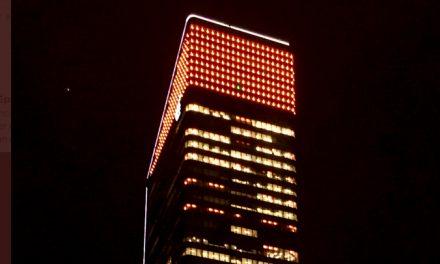 La tour Incity à Lyon en orange ce soir pour marquer la journée mondiale de lutte contre le cancer