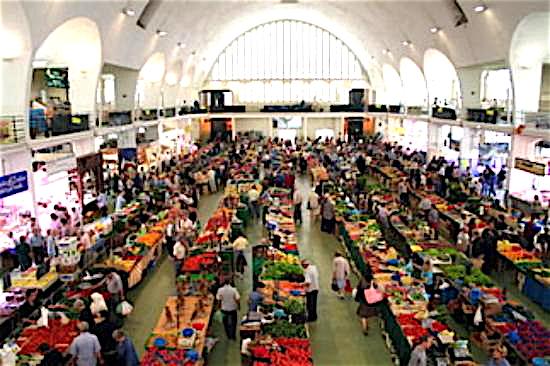 Coronavirus : un nouveau cas détecté à Villefranche-sur-Saône, un commerçant forain qui travaillait au marché couvert…