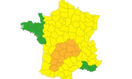 Météo France place cinq départements d'Auvergne-Rhône-Alpes en alerte orange aux orages