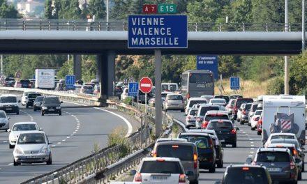 Pour le dernier week-end de chassé-croisé, la vallée du Rhône de nouveau embouteillée : en orange et rouge