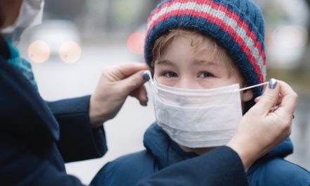 Rentrée scolaire : le masque obligatoire à Vienne, devant les écoles aux heures d'entrée et de sortie des classes