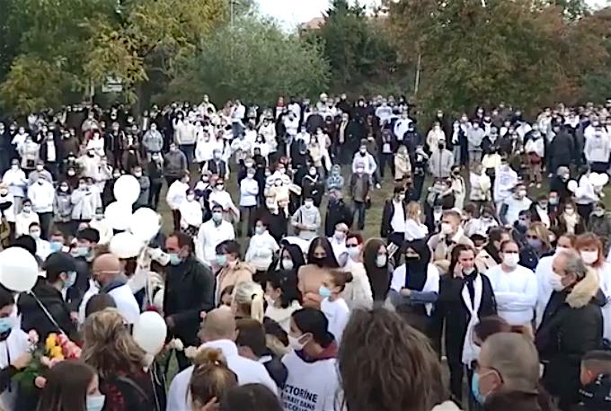 Villefontaine : l'émouvante marche blanche en mémoire de Victorine a réuni plus de 4 000 personnes