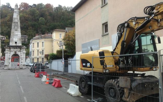 Des sondages archéologiques en cours, boulevard Fernand Point à Vienne