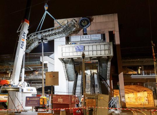 Les escalators de la gare de Perrache à Lyon démontés : Goldorak n'est plus.