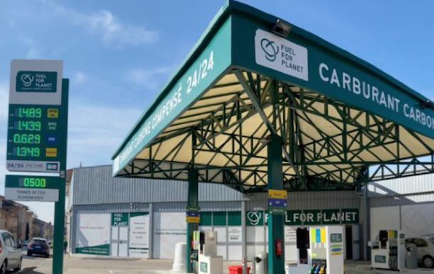 La station service berjallienne 100 % Carburant Carbone Compensé rencontre l'intérêt des automobilistes