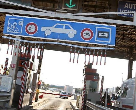 Une conductrice demeurant près de Vienne a fraudé 450 fois le péage de l'A7!