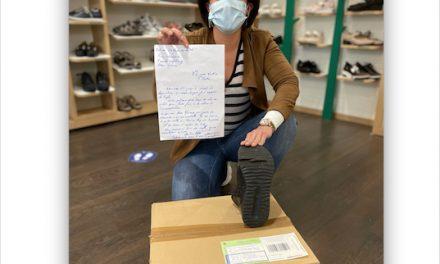 """Une commerçante viennoise envoie une paire de chaussures usagées à Castex : """"on marche sur la tête !"""""""