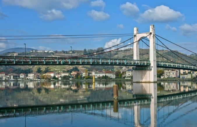 Inspections avant travaux : le pont de Condrieu fermé la nuit, du 26 avril au 7 mai