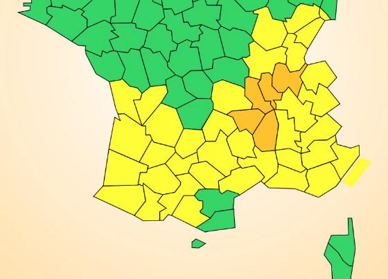 Le Rhône en alerte orange, l'Isère en jaune : il pourrait tomber un mois de pluie en 24 h à Lyon et alentours